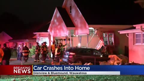 Car crashes into garage of Wauwatosa home